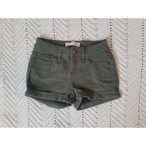 No boundaries green shorts